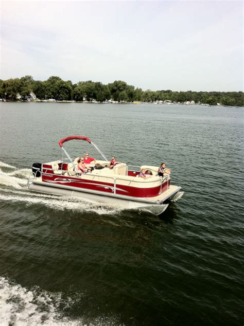 stardeck boat research 2012 starcraft boats stardeck 226 c n f on