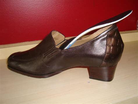 shoes for metatarsalgia comfort sal sabbagh ottawa orthotics foot pain plantar fasciitis
