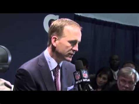 Peyton Manning Snl Locker Room by Peyton Manning Superbowl 2014 Denver Broncos