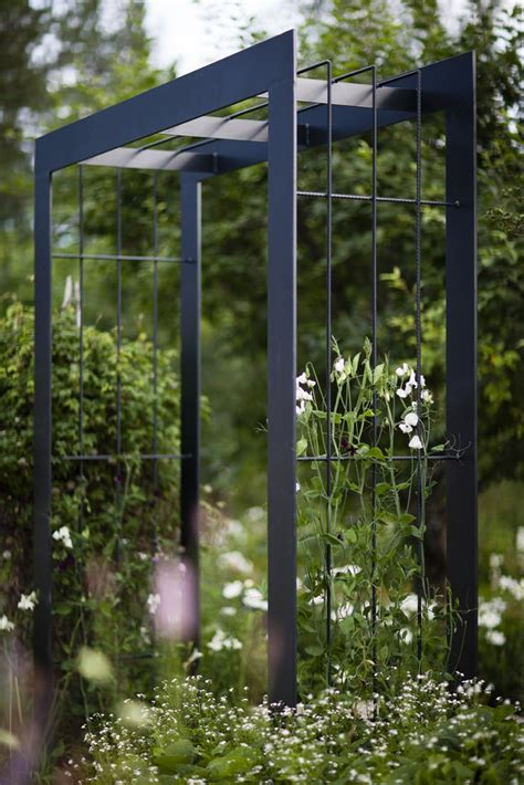 Steel Trellis 25 Best Ideas About Metal Trellis On Metal