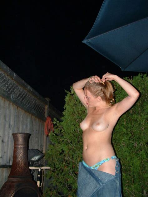 sexy drunk blonde ~ backyard fun free porn