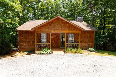 moose hollow helen ga cabin rentals cedar creek cabin