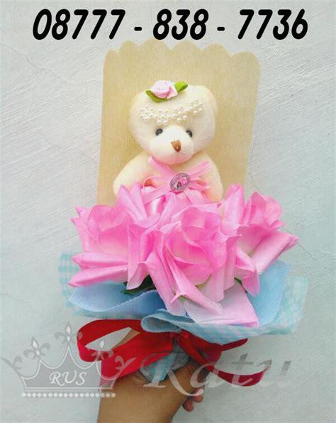 Bunga Wisuda Hadiah Wisuda Buket Bunga Kado Ulang Tahun hadiah wisuda tunangan istri rangkaian bunga cantik ratu undangan souvenir hp
