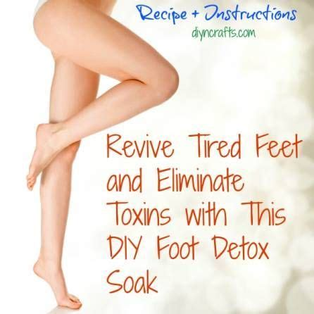Diy Detox Bath For Colds by Revive Tired And Eliminate Toxins With This Diy Foot