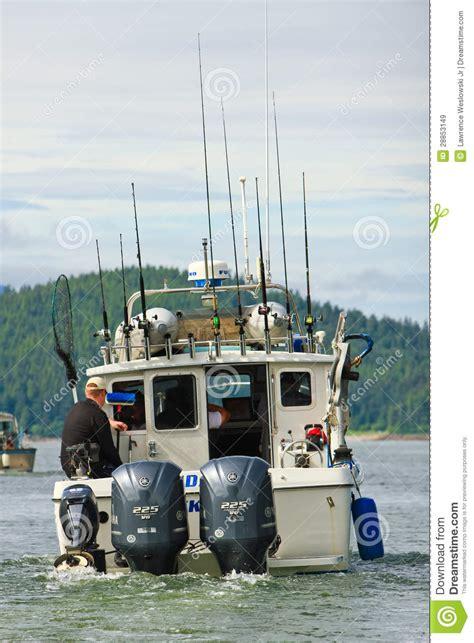 boat dealers juneau alaska alaska whale watching boat auke bay juneau editorial