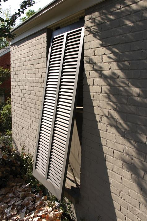 Bahama Awnings by 1000 Ideas About Bahama Shutters On Bermuda