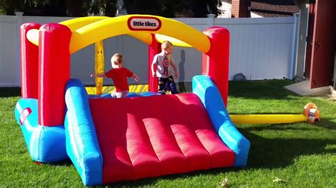 tikes house tikes bouncy house with