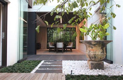 il giardino di cemento 8806224786 come arredare un giardino consigli utili