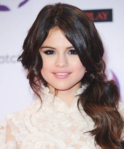 how to do hairstyles like selena gomez 15 selena gomez hair styles