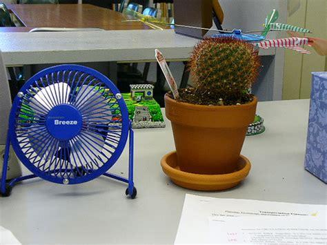 Hawaiian Desk Fan by Hawaiian And Hubert Desk Fan And Hubert The Cact Flickr