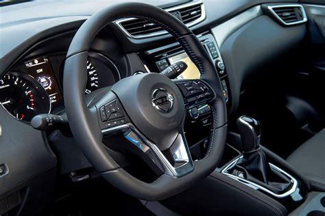 nissan qashqai interior 2017 nissan qashqai goes premium at geneva 2017 by car magazine