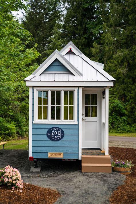 tiny tumbleweed house zoe tiny house swoon