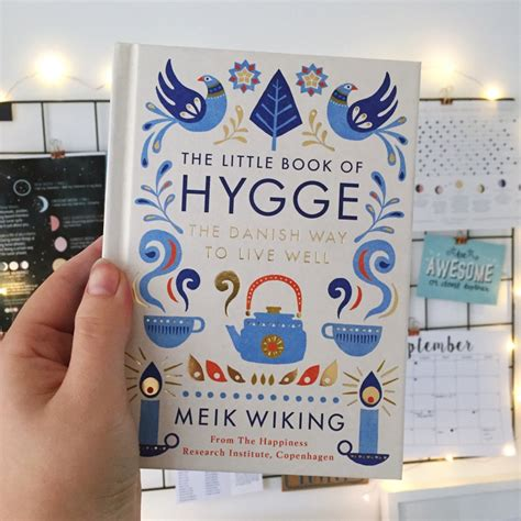 the little book of how to hygge 20 ways to feel good over autumn and winter