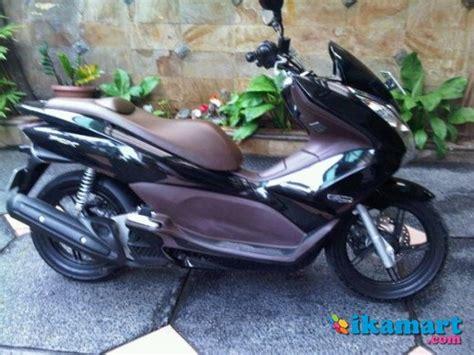 Honda Pcx Tahun 2015 Hitam Terawat jual honda pcx 125 hitam 2011 mulus terawat motor