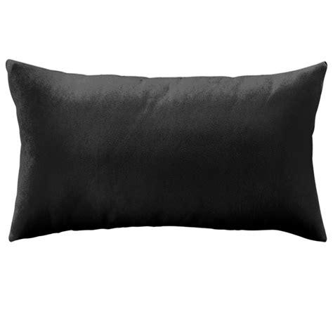 coussin pour canapé noir coussin en velours uni rectangle
