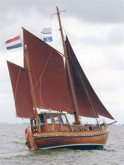 houten blokken platbodem 25 beste idee 235 n over houten boten op pinterest boten en