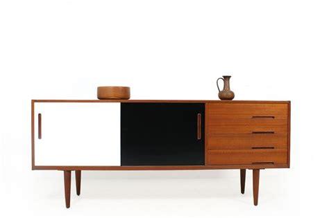Bauhaus Bedroom Furniture by Best 25 60s Furniture Ideas On Retro