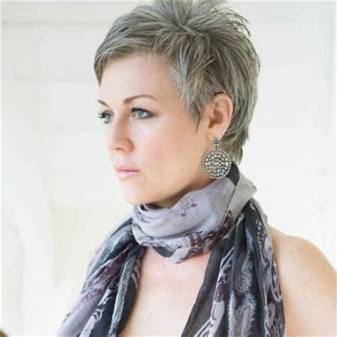 different sized women with gray hair with low light styles short bob hairstyles for women with different type of hair