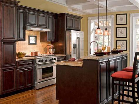 cabinets to go michigan una cocina de color chocolate pisos al d 237 a pisos com