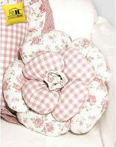 cucito creativo cuscini oltre 1000 immagini su cucito creativo cuscini su