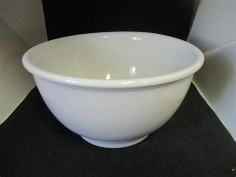 large pottery mixing bowl white unmarked farmhouse cottage