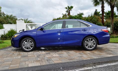 Toyota Camry Se 2015 Review 2015 Toyota Camry Se Hybrid Review