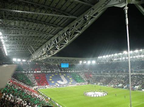 panchina juventus stadium juventus stadium settore 213 foto di stadio juventus
