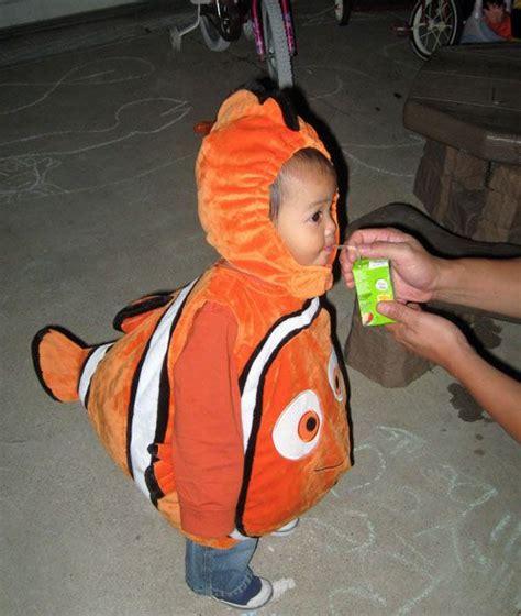 nemo costume diy nemo costume and patterns make your fish orange black pantone 267c toddler sewing