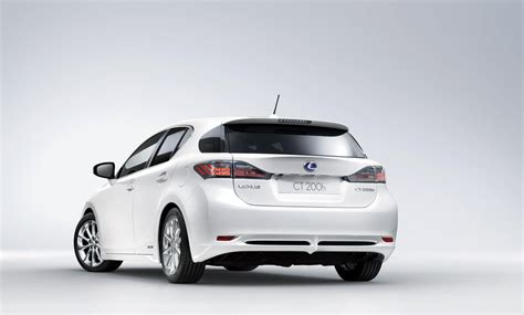 lexus ct200 2013 小改款lexus ct 200h將於明年上市 下代車型預計2016年到來 癮車報