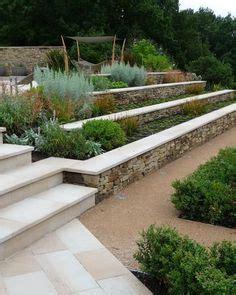 terrasse gestalten ideen 4382 hang im garten begr 252 nen immergr 252 ne bodendecker und