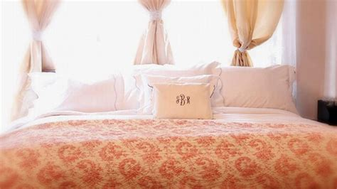 how to make a hotel bed at home 5 simple steps to a hotel bed at home