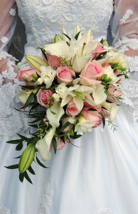 Wedding Bouquet Teardrop by Teardrop Bridal Bouquets Flowers By Kath