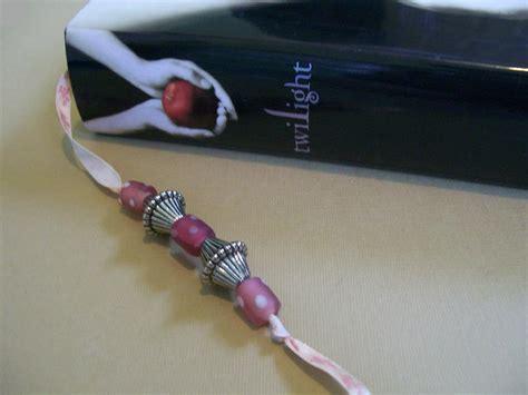 bead bookmark craft how to make beaded bookmarks slideshow