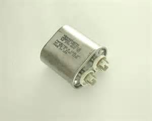 aerovox motor capacitors p50g3703e aerovox capacitor 3uf 370v application motor run 2020005893