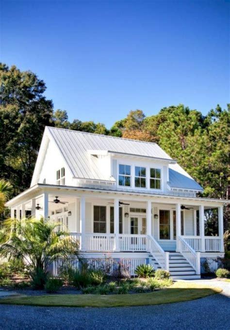 modern farmhouse exterior design ideas 56 homedecort modern farmhouse exterior design ideas 48 homedecort