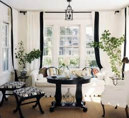 black white and living room decor 21 black and white traditional living rooms digsdigs