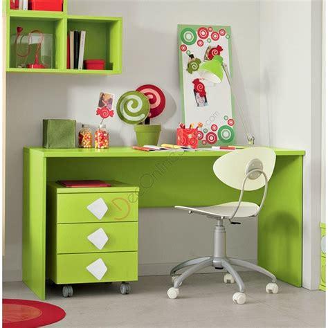scrivania per bambini ikea camerette ikea per ragazzi catalogo