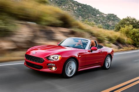fiat spider 2017 fiat 124 spider review and rating motor trend