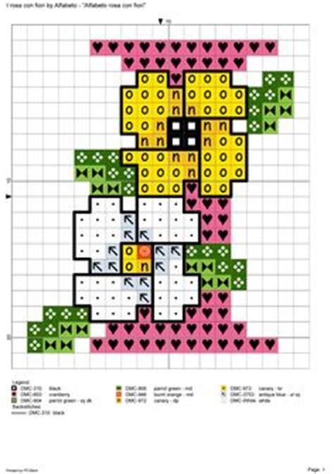 alfabeto con fiori alfabeto rosa con fiori alfabeti a punto croce
