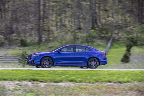 five details that make the 2018 acura tlx a spec
