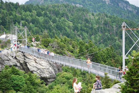 grandfather mountain swinging bridge panoramio photo of grandfather mountain swinging bridge