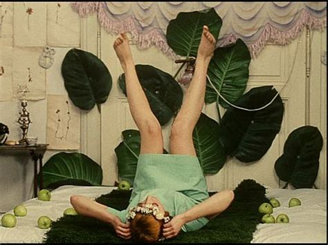 daisies film daisies 1966 by věra chytilov 225 inspiration pinterest