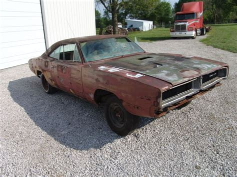 1969 dodge charger and frame for sale 69 true big block car all original sheet metal solid