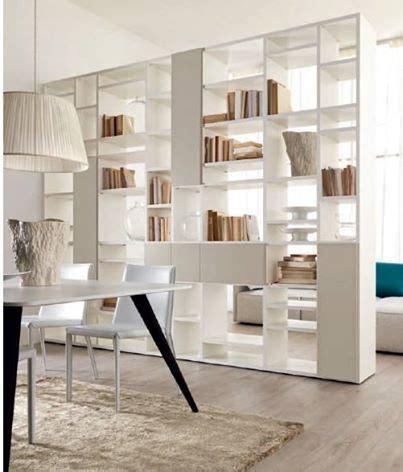 progettare libreria oltre 10 fantastiche idee su divisorio a libreria su