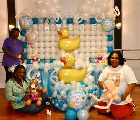 balloon decoration ideas for a baby shower baby shower baby shower balloon decorations party favors ideas