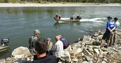 boating accident yellowstone river 15 year old montana boy presumed dead after boating