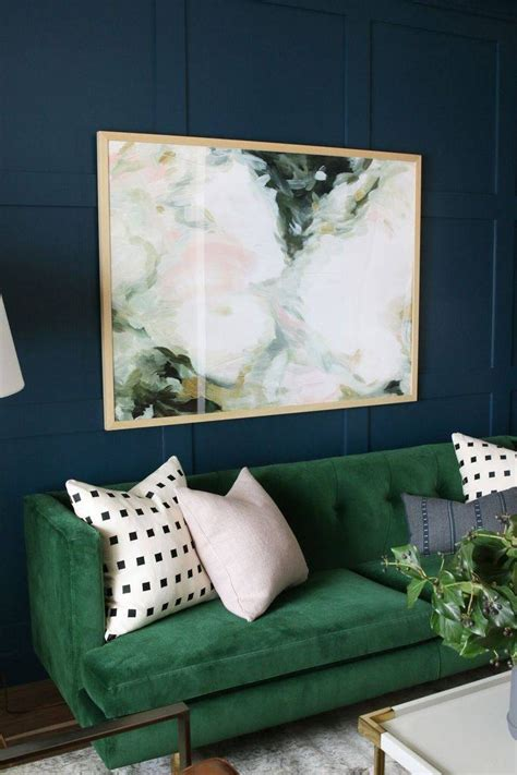 25 best ideas about emerald green decor on pinterest moroccan tiles emerald green rooms and the best emerald green sofas