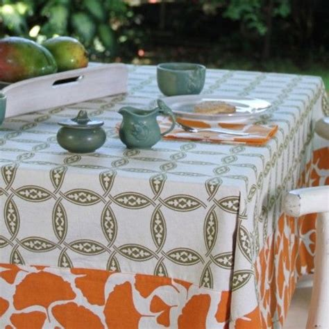 Which Is Better Vinyl Tablecloth Or Fabric Tablecloth - best 25 outdoor tablecloth ideas on 4th july