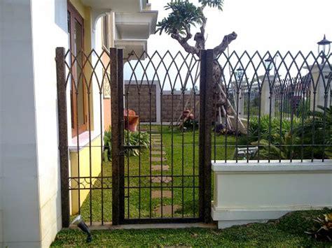 Pot Bunga Pagar Kayu 4 Pis pilihan model desain pagar rumah minimalis yang aman dan