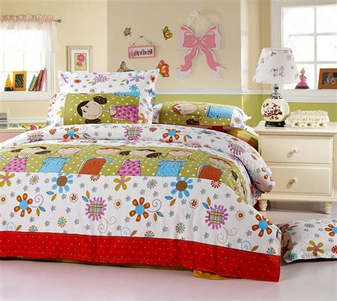 Kid Bedspreads And Comforters by How To Choose The Best Childrens Bedding Bedding